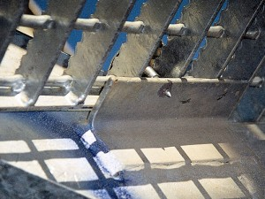 8. DAMAGED COATINGS CAUSED BY WELDING OR NON-CONVENTIONAL FIXING METHODS DURING ERECTION